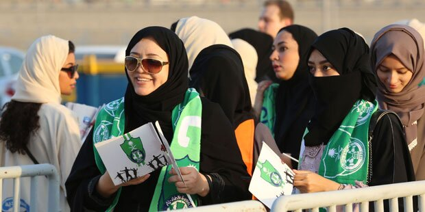 Saudische Frauen durften zum Fußball