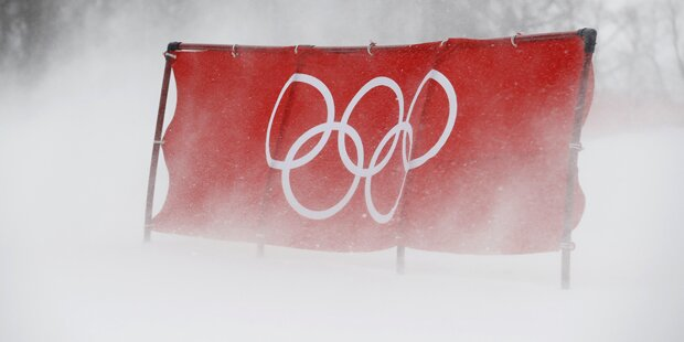 Unglaublich: Sturm verbläst Damen-Slalom