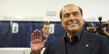 Italien: Berlusconis Block vorn