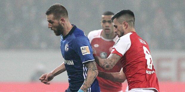Schalke bleibt erster Bayern-Verfolger