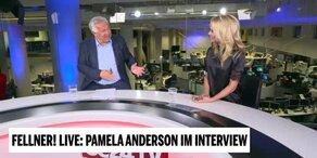 Pamela Anderson bei Fellner! LIVE