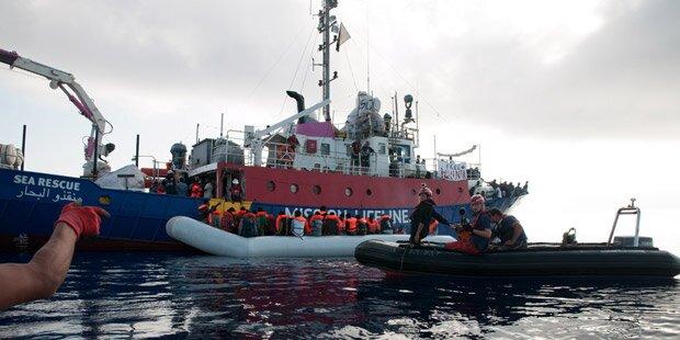 Italien droht NGOs mit Konfiszierung ihrer Schiffe
