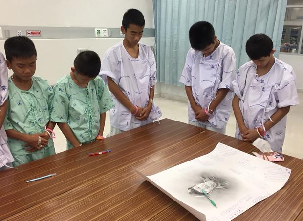 Aus Höhle befreit: Thailändische Buben bedanken sich für ihre Rettung