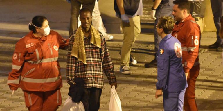 Nach Seuchen-Alarm: Flüchtlinge haben Schiff verlassen