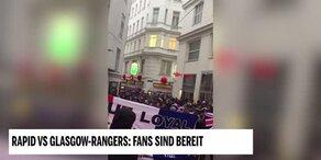 Glasgow-Fans machen Stimmung am Schwedenplatz