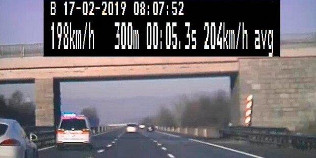 Für Heiratsantrag raste Wiener mit 215 km/h über Autobahn