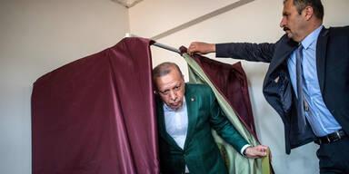 Vier Tote bei Kommunalwahlen in der Türkei!