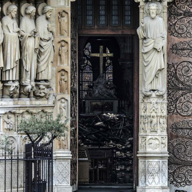 Notre Dame: Bilder von Innen zeigen Ausmaß der Zerstörung