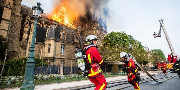 Notre-Dame: Feuerwehr steckte 50 Minuten im Stau