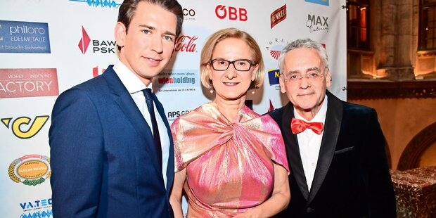 Verleger Mucha ehrte Landeshauptfrau Mikl-Leitner