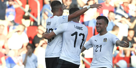 Auftakt-Sensation: Österreich ringt Serbien mit 2:0 nieder