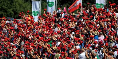 Rotes Kappen-Meer für Niki
