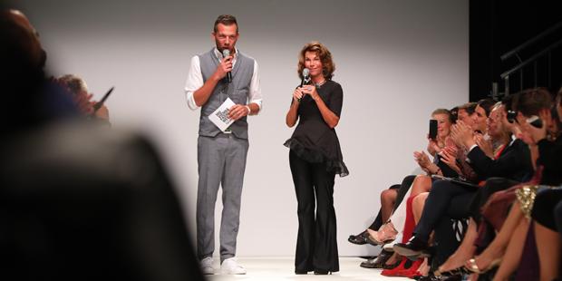 Bierlein: Aus Kanzlerin wird Stil-Ikone
