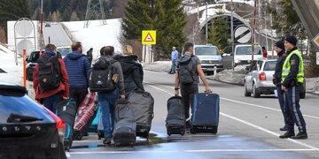 Ganze Gemeinden in Quarantäne: Hier flüchten die letzten Touristen aus Ischgl & Co.