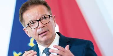 Anschober nennt Lockdown-Ziel: Auf DIESE Zahl kommt es an | Gesundheitsminister Rudolf Anschober