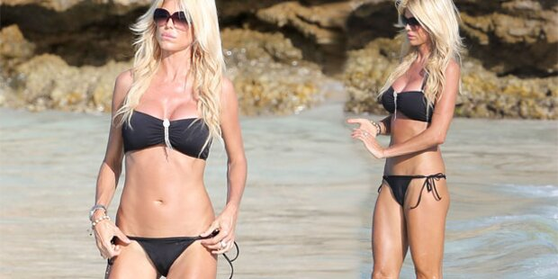 Victoria Silvstedt: Sexy in St. Barts