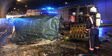 Brand in A1-Tunnel - Ein Toter