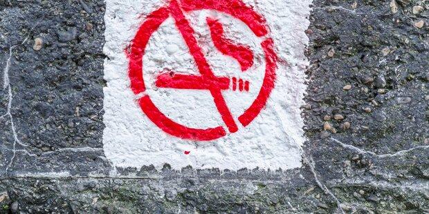 Harte Zeiten für Raucher an Thailands Stränden