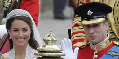 Das royale Ehepaar: Abfahrt mit Kutsche
