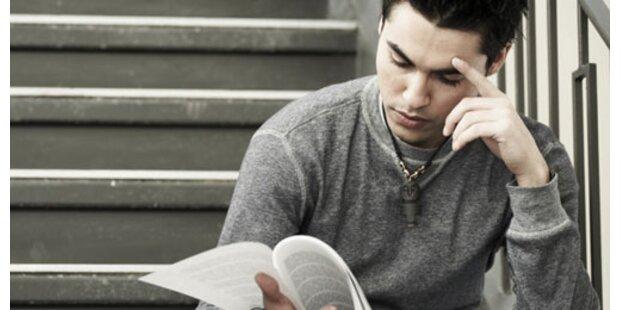 Akademiker verdienen um 74% mehr