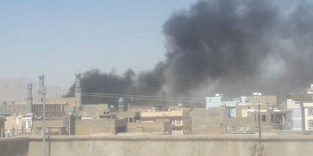 Schwere Explosion vor Moschee in Afghanistan