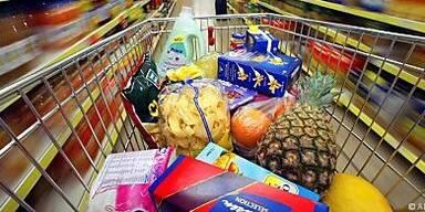 Hohe Preise für Benzin und Lebensmittel verdarben Bürgern die Kauflaune.