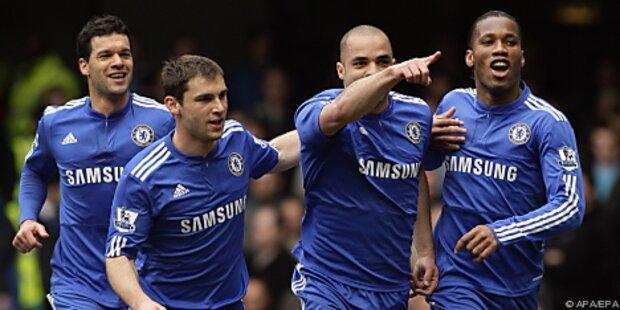 Chelsea nach 2:0 in Liverpool vor viertem Titel