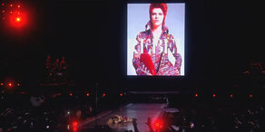 David Bowie: Madonnas rührender Abschied!