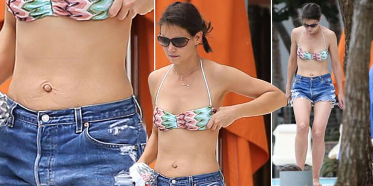 Katie Holmes zeigt sich mit faltigem Bauch