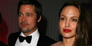 Brad Pitt: Babytuch statt Dusche