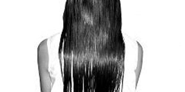 Wann wird eine Frau zu alt für langes Haar?