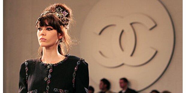 Karl Lagerfeld kopiert den Stil von Amy Winehouse