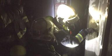Brand in Wien-Liesing: Hausbewohner evakuiert