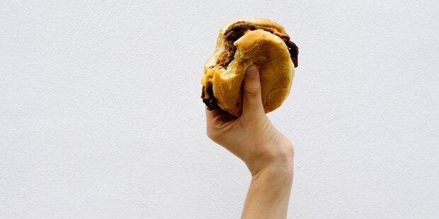 Sie haben Burger immer falsch gegessen!