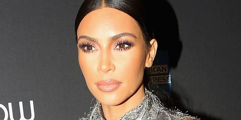 Kardashian erntet Shitstorm wegen XMAS-Foto