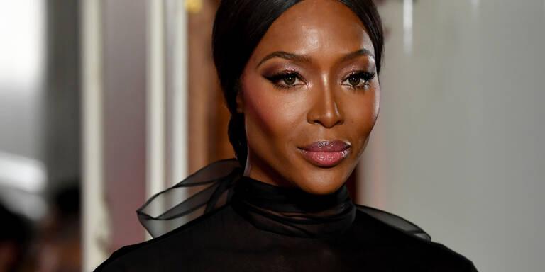 Naomi Campbell ließ Nippel blitzen