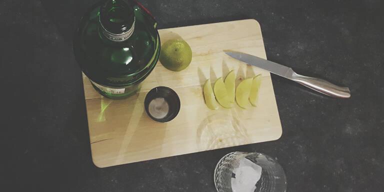 So macht man Gin Tonic im Sommer!