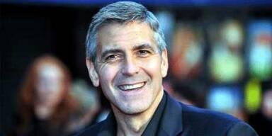 Clooney in L'Aquila empfangen