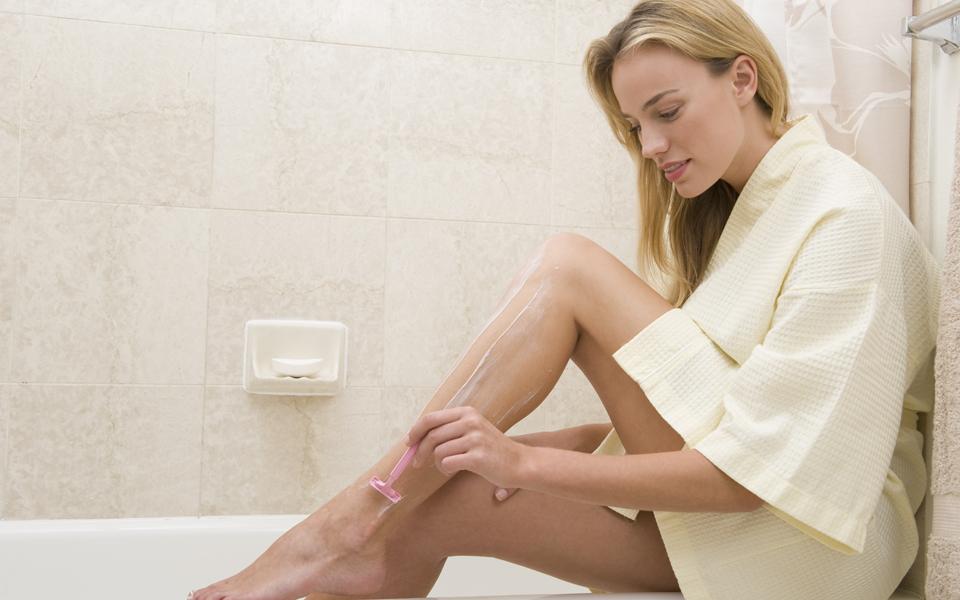 Beine enthaaren: Der Methoden-Check