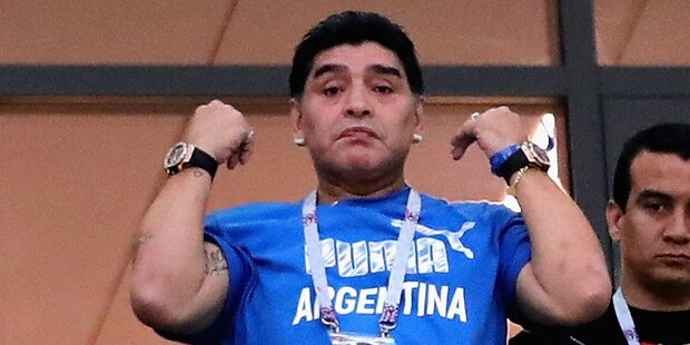 So spottet Netz über Skandal-Maradona