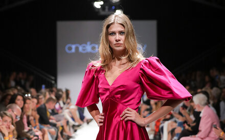 Anelia Peschev begeistert ber der Fashion Week