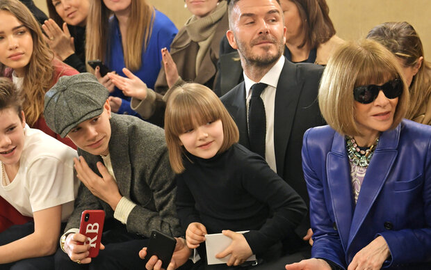 Harper Beckham ist Anna Wintours Mini-Me