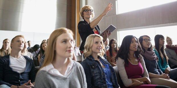 Nicht-traditionelle Studenten fühlen sich nicht zugehörig