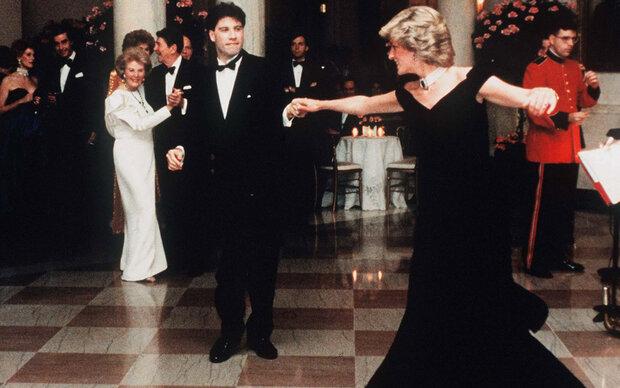 Kein Käufer für Dianas Travolta-Kleid