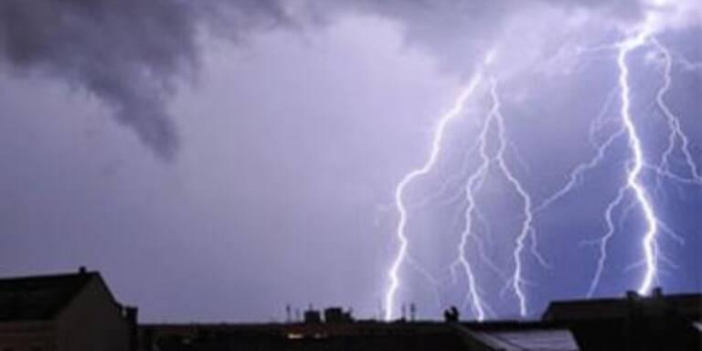 Unwetter verwüsten Österreich