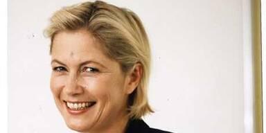 Dr. Eltz hat die Zahnregulierung in Wien auf ein neues Niveau gebracht, sie führte die New Yorker Technik der selbstligierenden Zahnspangen ein.