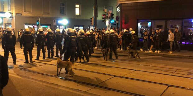 Das Protokoll der Serben-Krawall-Nacht in Wien