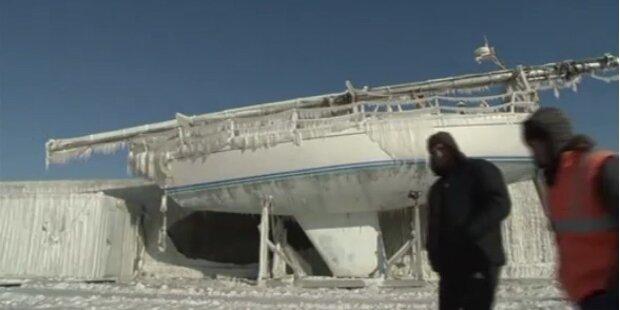 Bizarre Eislandschaft in Rumänien