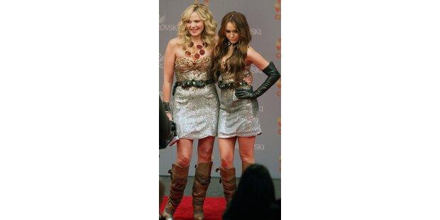 Cattrall & Cyrus im gleichen Kleid