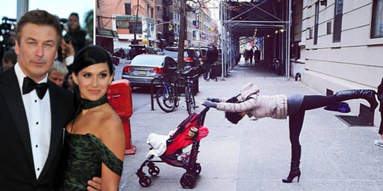 Hilaria Baldwin : Yoga in den Straßen New Yorks